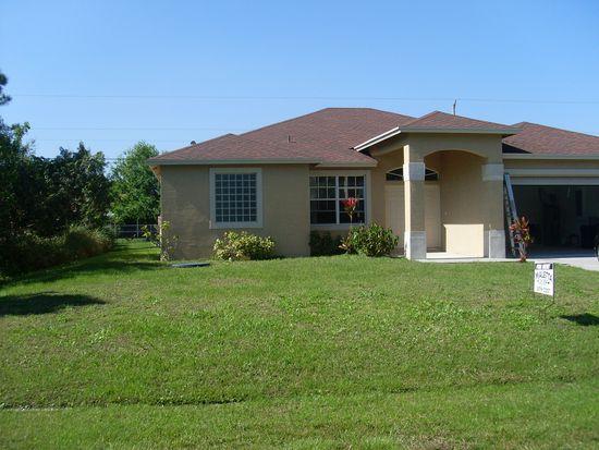 2342 SE Surrey Pl, Port St Lucie, FL 34952
