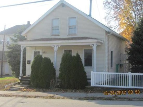 9 Oxford Ave, Dudley, MA 01571