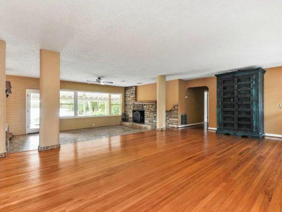 1112 Dorchester St, Orlando, FL 32803