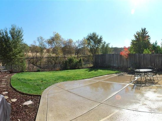 652 Plum Creek Ct, Folsom, CA 95630