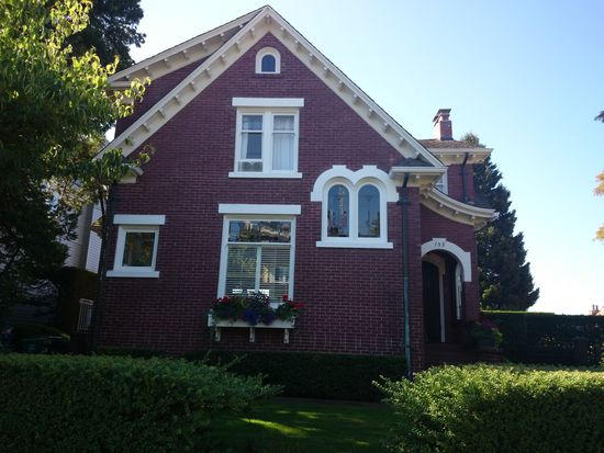 153 Prospect St, Seattle, WA 98109