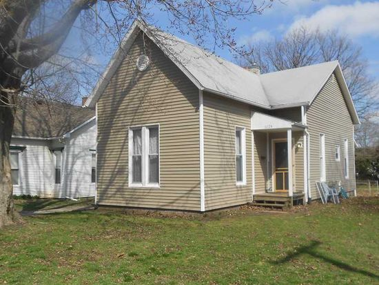 612 E Pike St, Crawfordsville, IN 47933