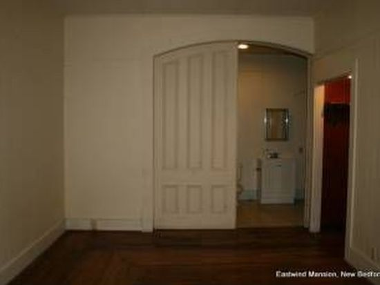 237 Collette St APT 2, New Bedford, MA 02746