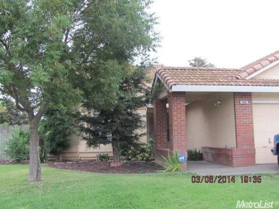 1493 Purcell Ct, Oakdale, CA 95361