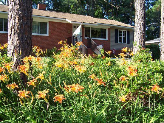 1722 Catawba St, Fayetteville, NC 28303