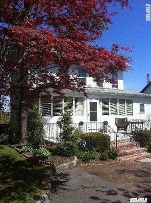 206 E Shore Rd, Great Neck, NY 11023