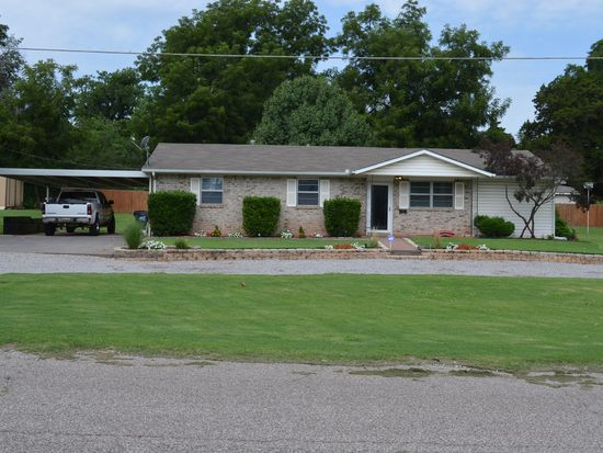 329 N 2nd Ave, Purcell, OK 73080