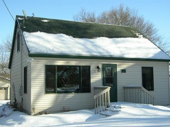 71 Cherry Ave S, Annandale, MN 55302