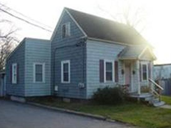 422 North Ave, Rockland, MA 02370