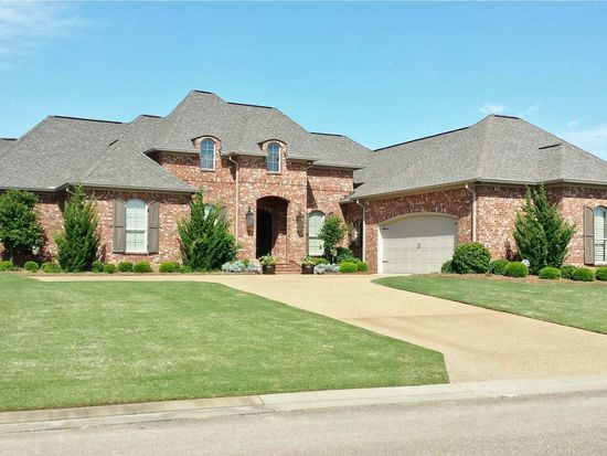 142 Harbor View Dr, Madison, MS 39110