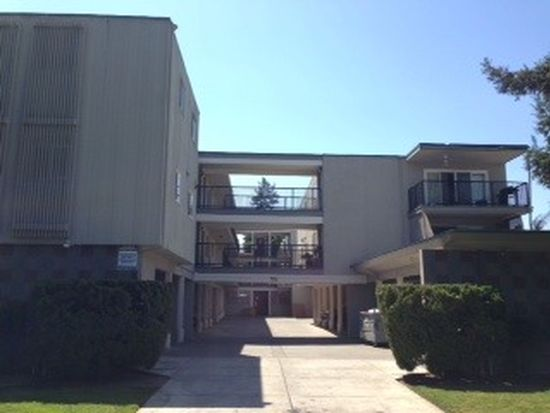 1540 Hudson St APT 202, Redwood City, CA 94061