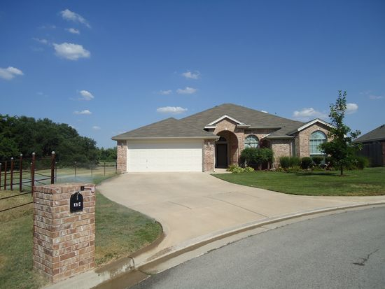 334 Wintergreen Ct, Weatherford, TX 76085