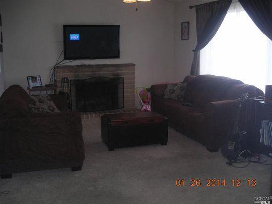272 Colonial Cir, Vacaville, CA 95687