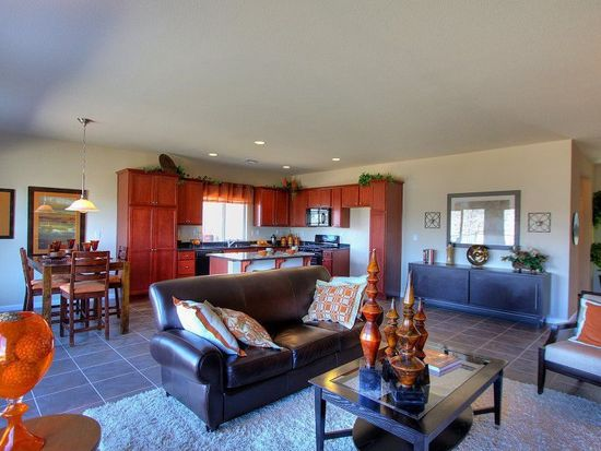 5465 Summer Sun Ln, Sun Valley, NV 89433