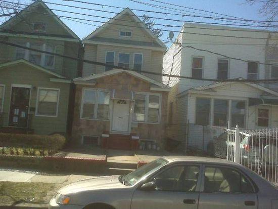 8906 121st St, Jamaica, NY 11418