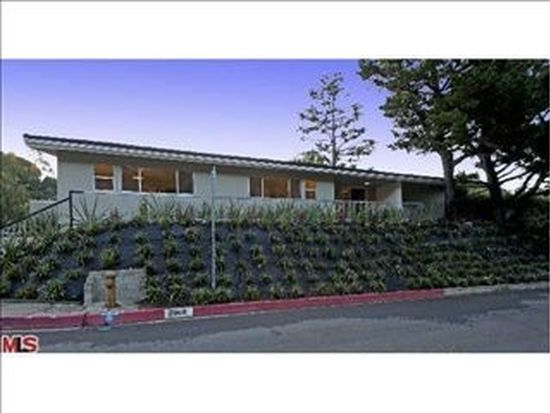 2960 Nichols Canyon Rd, Los Angeles, CA 90046