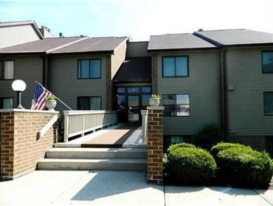 106 Knoll Ct APT F, Noblesville, IN 46062