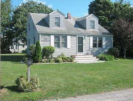 17 Periwinkle Rd, Narragansett, RI 02882