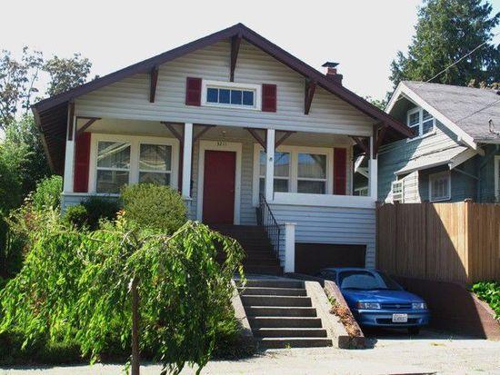 3211 33rd Ave S, Seattle, WA 98144