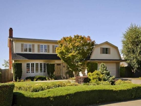 2739 Saint James Rd, Belmont, CA 94002
