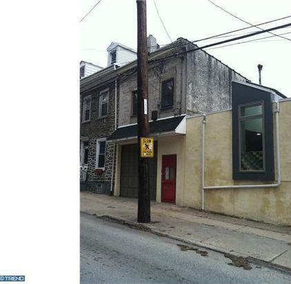 4566 Silverwood St, Philadelphia, PA 19127