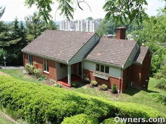 744 Pinetree Rd, Pittsburgh, PA 15243