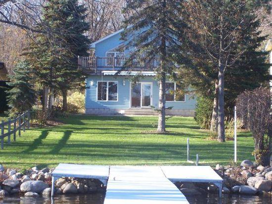 W338N6419 Lakeview Dr, Oconomowoc, WI 53066
