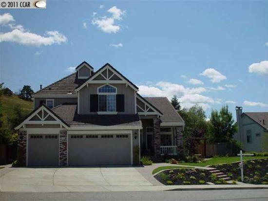 380 Blue Oak Ln, Clayton, CA 94517