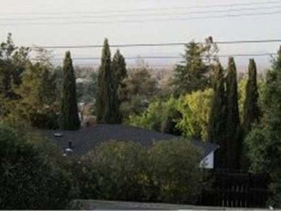 3676 Highland Ave, Redwood City, CA 94062