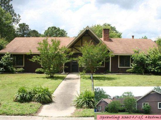 909 Dixie Dr, Selma, NC 27576