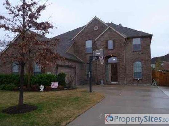 4 Pinnacle Ct, Mansfield, TX 76063