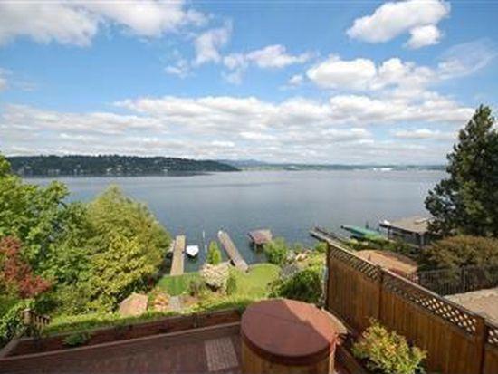 8452 Island Dr S, Seattle, WA 98118
