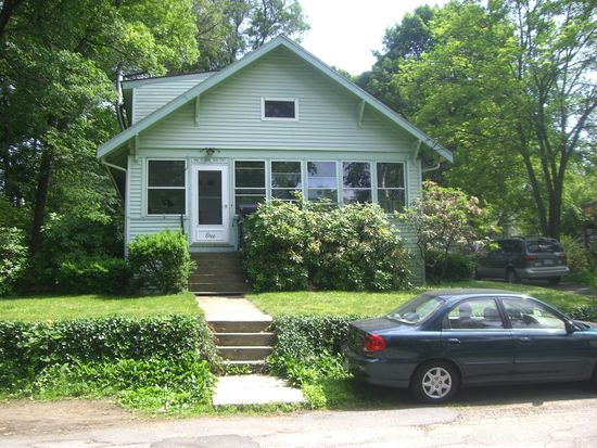 1 Floral Avenue Ext, Natick, MA 01760