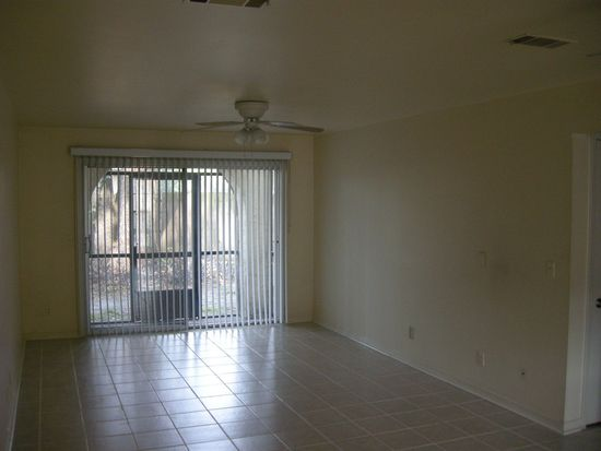 1748 El Camino Rd APT 2, Jacksonville, FL 32216