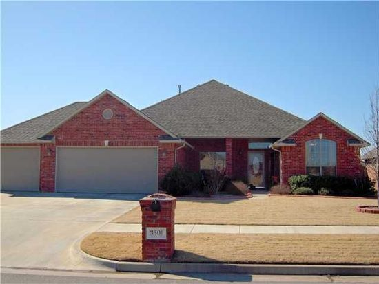 3301 Willow Ln, Moore, OK 73170