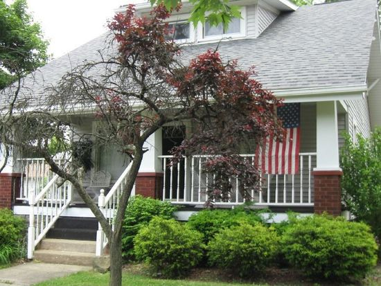 651 Park Ave, Farrell, PA 16121