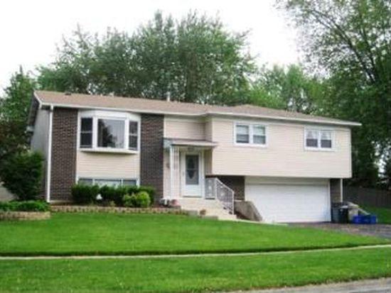 2503 Ravinia Ln, Woodridge, IL 60517