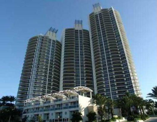 400 Alton Rd APT 606, Miami Beach, FL 33139