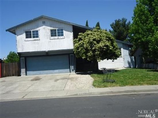 2803 Elmhurst Cir, Fairfield, CA 94533