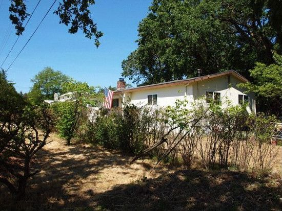 955 Laurel Ave, Sonoma, CA 95476