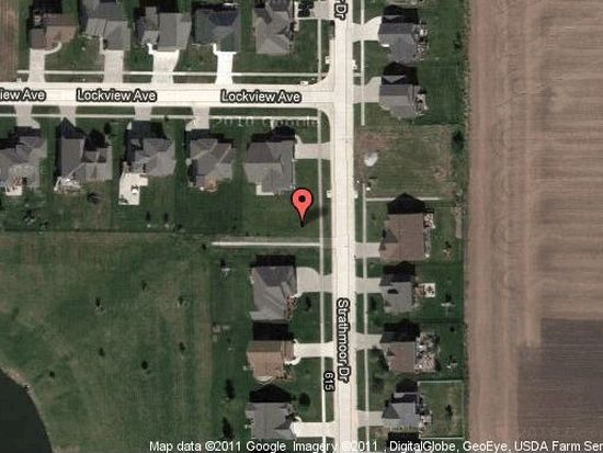 575 Strathmoor Dr, North Liberty, IA 52317