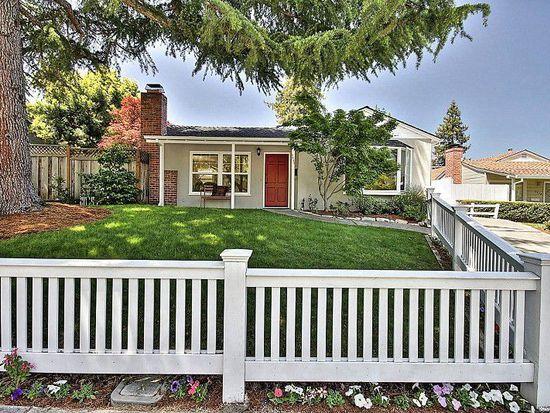 2440 Carson St, Redwood City, CA 94061