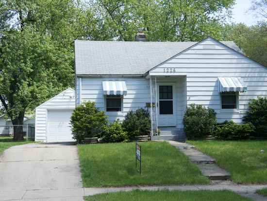 1226 S 30th St, South Bend, IN 46615