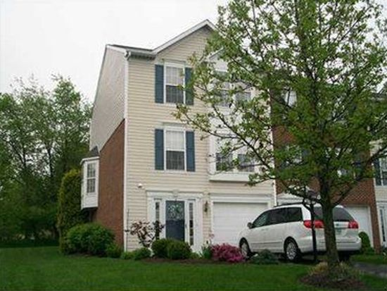 40 Links Dr, New Castle, PA 16101