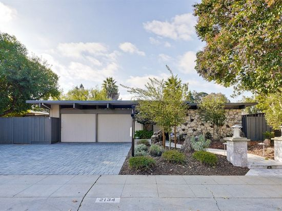2134 Edgewood Dr, Palo Alto, CA 94303