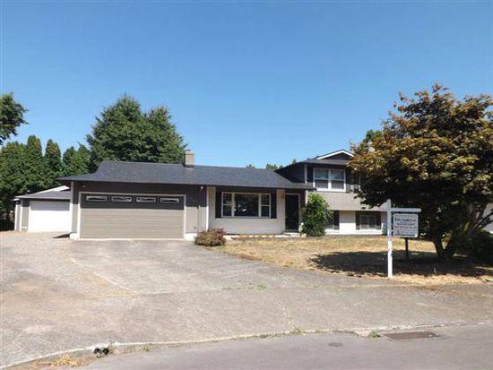 19445 NE Holladay St, Portland, OR 97230