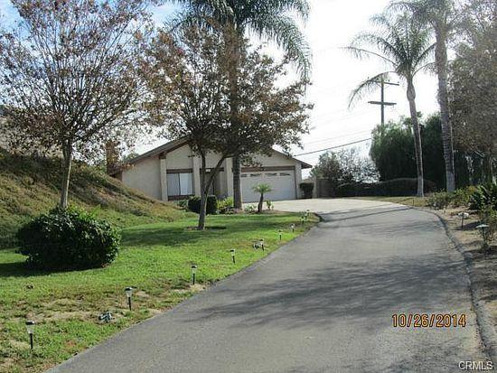 5980 Winncliff Dr, Riverside, CA 92509