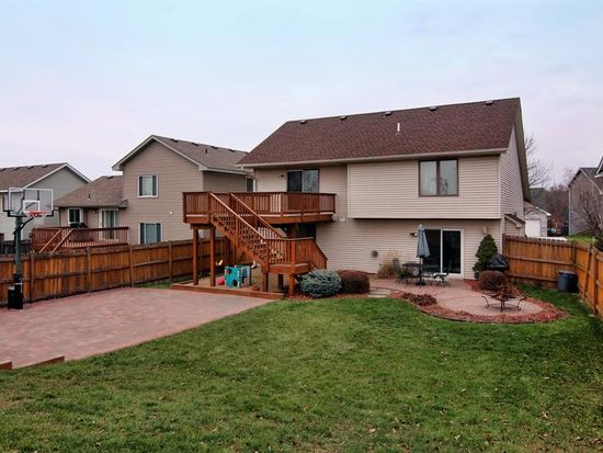 15901 Hyland Pointe Ct, Apple Valley, MN 55124
