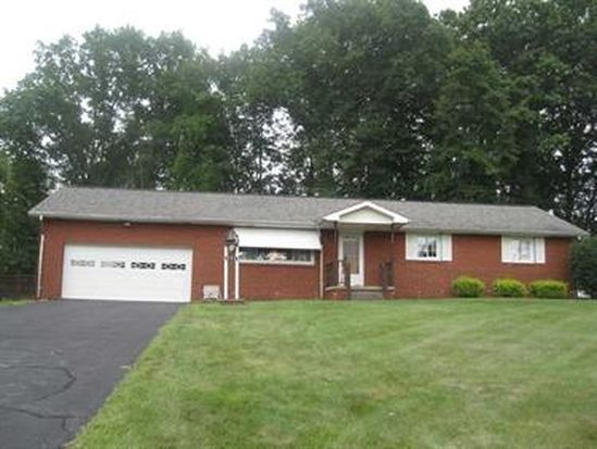 995 Armand Ave, Hermitage, PA 16148