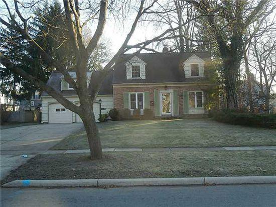 2334 Orchard Rd, Ottawa Hills, OH 43606